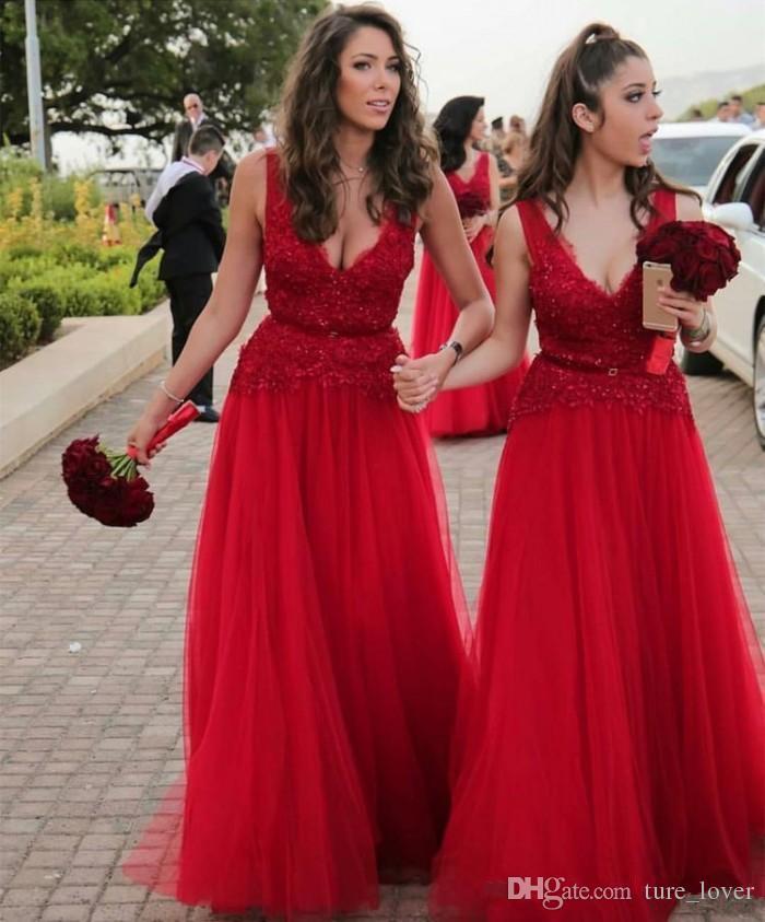 Sexy tiefem V-Ausschnitt rot Brautjungfernkleider eine Linie Spitze Pailletten ärmelloses Hochzeitsgast-Kleid 2019 nach Maß Abschlussballkleider Trauzeuginkleider