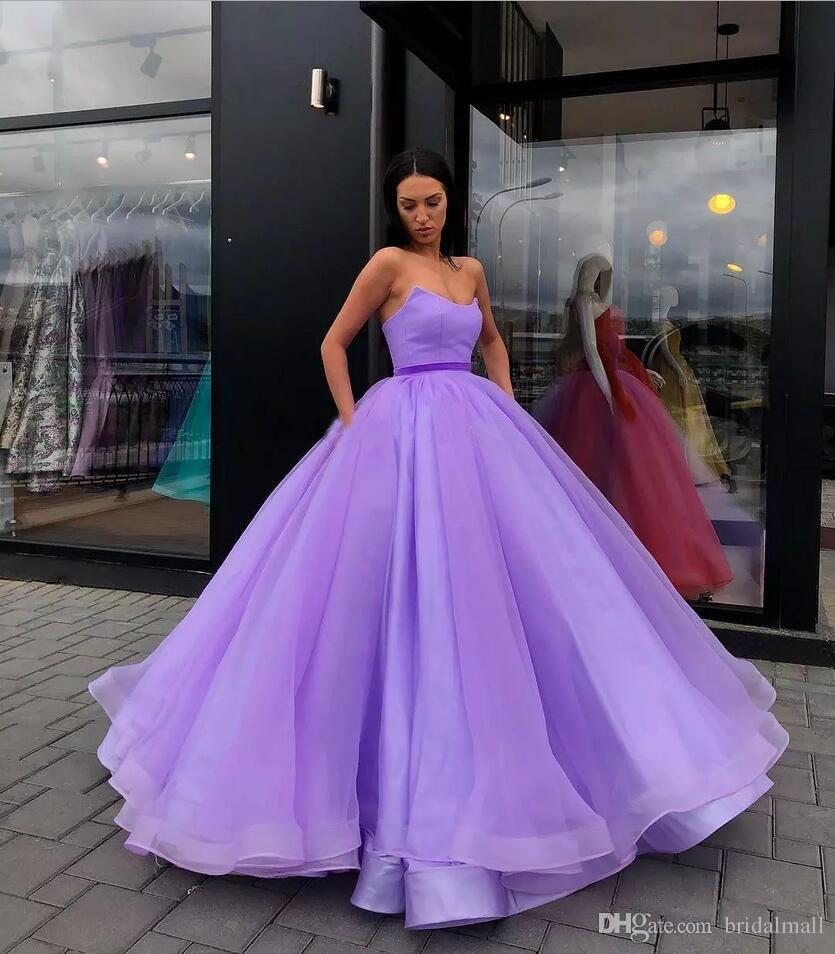 Balón vestido de cuello en V vestidos de noche de organza de raso de longitud de corsé púrpura azul amarillo de los vestidos de noche formales simples vestidos de baile cremallera ascendente