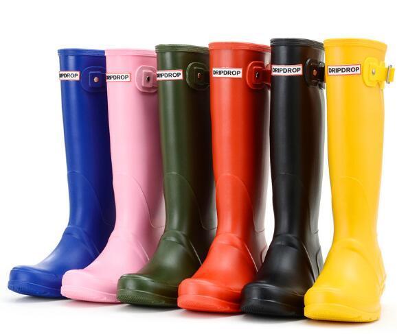 Женщины моды Резиновая колено высокие сапоги дождь Англии стиль водонепроницаемый Welly сапоги резиновые Резиновая обувь вода rainshoes