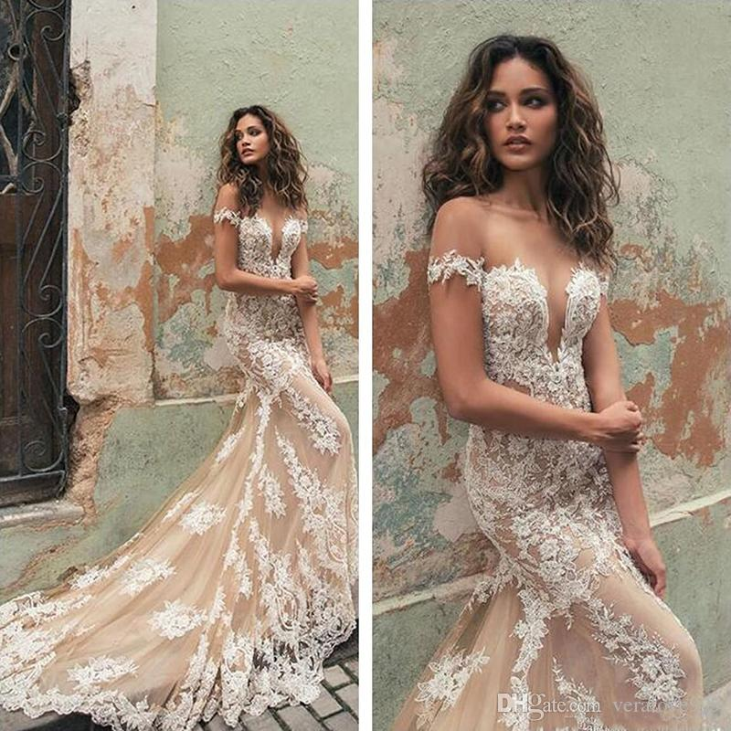 2018 Berta Illusion Off Shoulder Cap Sleeves Lace Mermaid Wedding Dresses Tulle Applique Court Train Wedding Bridal Gowns