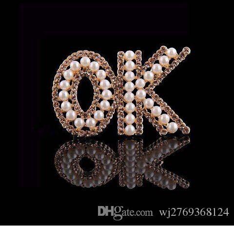 Moda lettere numero spilla corpetto di alta qualità di cristallo strass perla spille perni collare donne ragazza gioielli di nozze abito acessori