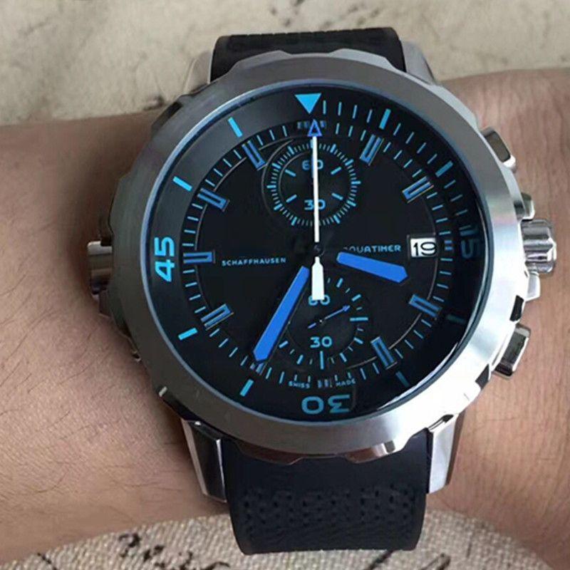 Homens de quartzo de 44 MM relógio de data homens cronometram a lua escura homens co movimento axial de borracha Strap Watch