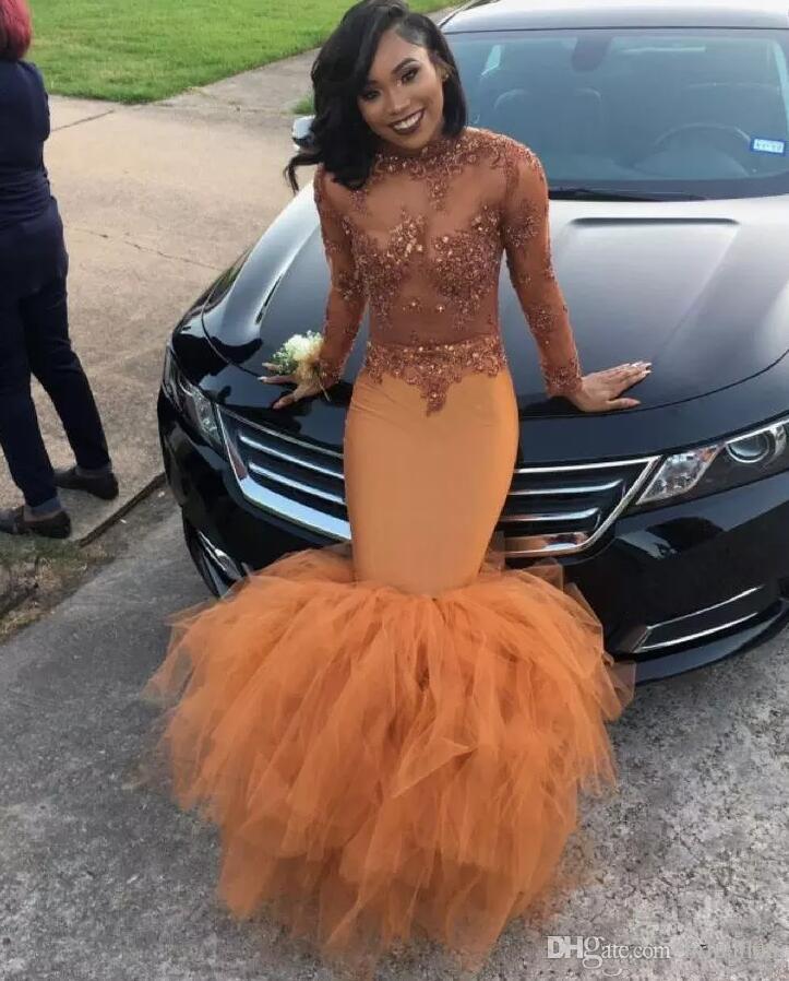Robes africaines de bal 2018 robes de sirène à manches longues Abendkleider avec dentelle appliques perlée Tull Illusion robe de soirée de robe de soirée