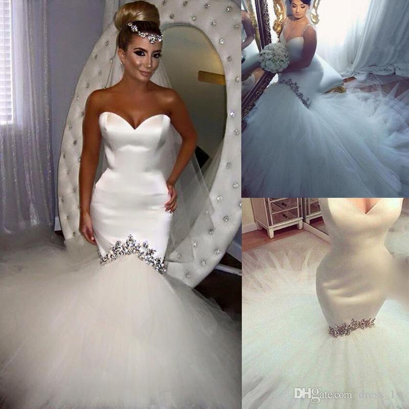 Popular 2018 Modest satinado y tul sirena vestidos de novia cristales moldeados Chapel Train Beach vestidos de novia más tamaño por encargo EN2102