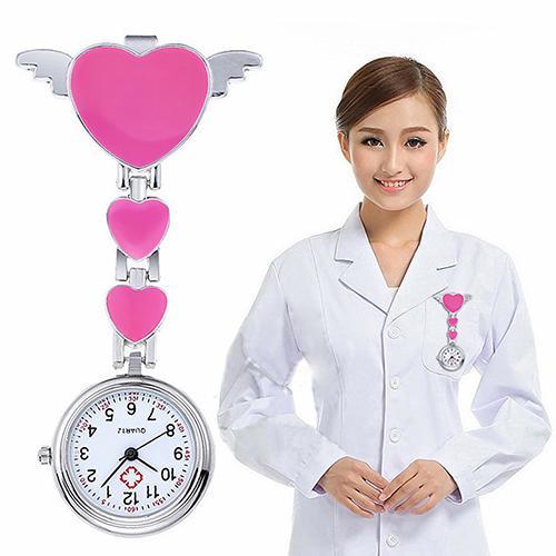 Gros-femmes Lady Cute Love Heart Quartz Clip-on Fob Broche Montre de poche infirmière