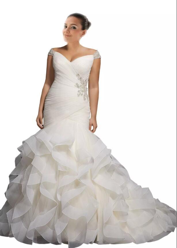 2018 Nouvelle arrivée robe de mariée sirène taille plus épaule cou Cheap V à manches courtes Cap Off avec Bling perles Ruffles Pays Designer