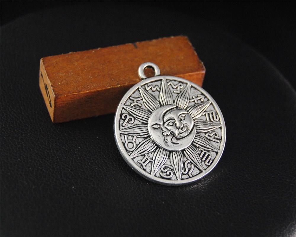 Античная Щепка астрология медальон небесные подвески Луна и Солнце ручной подвески подвески ювелирные изделия выводы 29X25Mm A2115