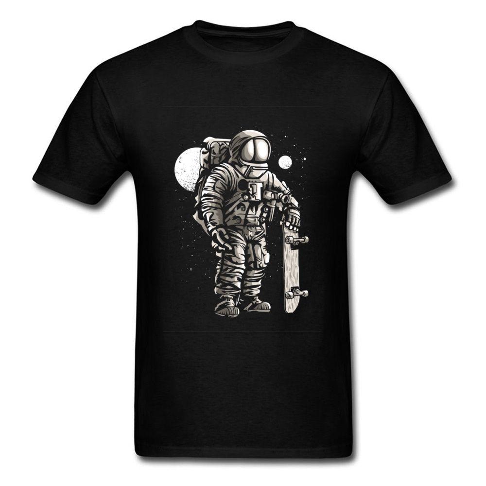 Patinador do espaço Astronauta Dos Homens T-shirt Design Personalizado Tshirt Masculino Presente de Aniversário T Shirts Impressão de Skate Dos Desenhos Animados Tops Tees