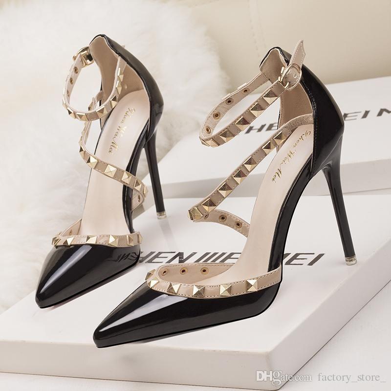 2017 fetiche vermelho bottoms de salto alto mulheres sapatos sapatos de casamento rebite mary jane bombas escarpins femme senhoras lolita gladiador sandálias mulheres