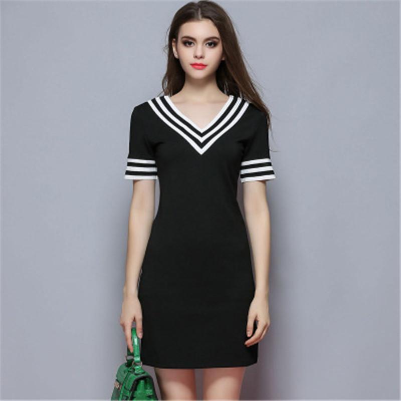 Nouveau mode dame mince tricot de coton tenue vestimentaire décontractée Slim col en V dos nu à manches courtes preppy style patchwork bande rouge noir de Split