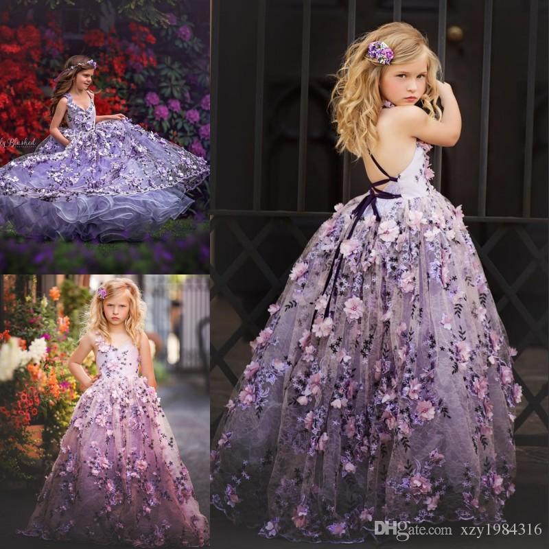 Wunderschöne flauschige Blumenmädchenkleider mit 3D-Blumenapplikationen V-Ausschnitt Lace-Up rückenfreie Mädchen Geburtstag Kleid schöne Mädchen Pageant Kleider