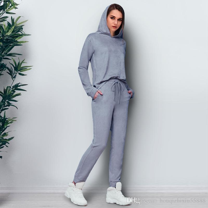 Abiti donna in camoscio grigio a due pezzi 2017 Autunno Inverno a maniche lunghe con cappuccio pullover pantaloni lunghi Casual Tute da donna