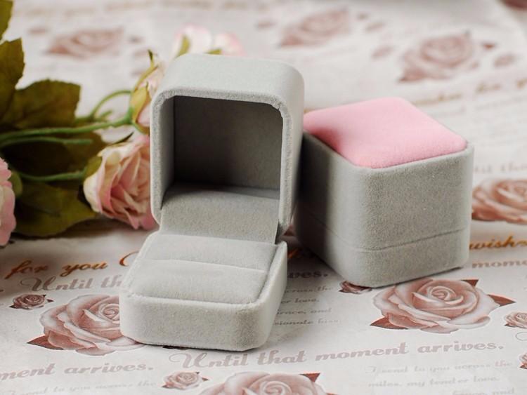ring box (16)