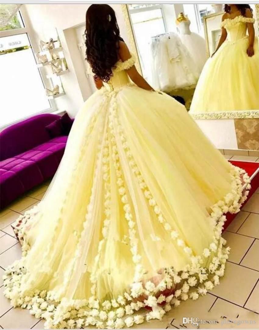 Magnifiques robes de Quinceanera jaune sur l'épaule appliques 3D-Floral robes de bal 2018 nouvelle arrivée douce 16 robe robes de bal bon marché
