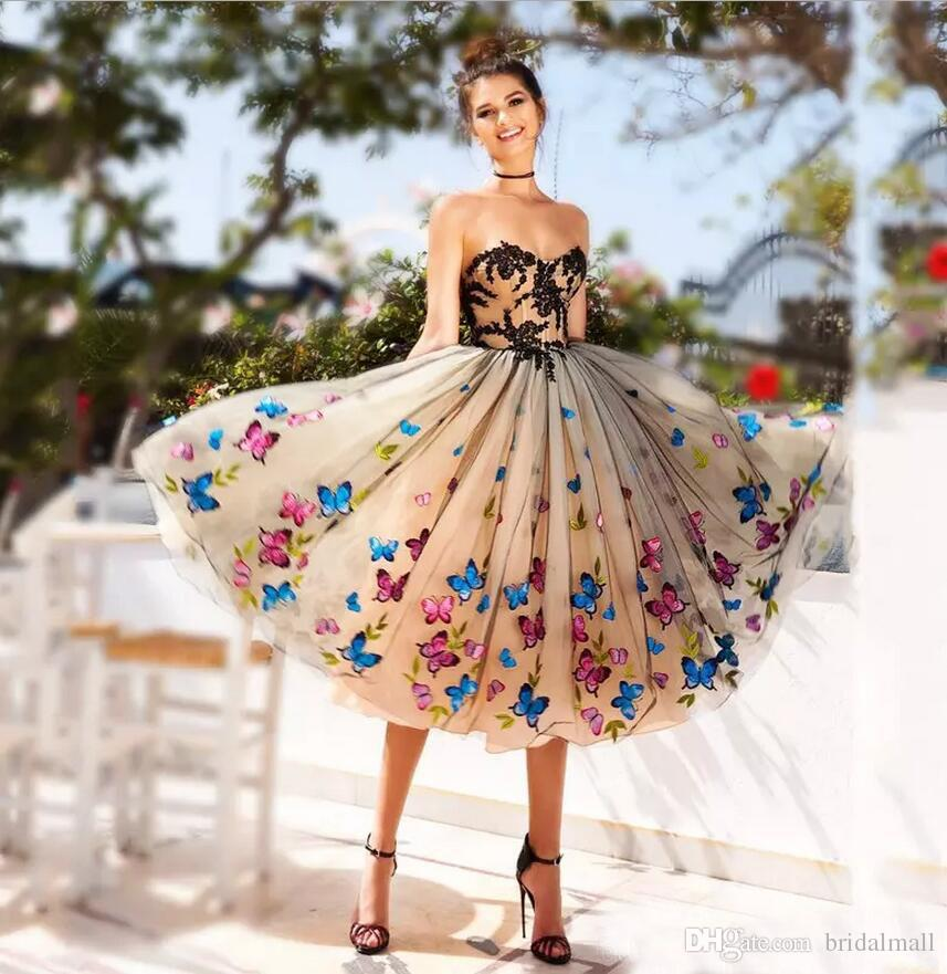 New 2020 Butterfly Short Prom Dresses Sweetheart Black Lace Appliques Homecoming Graduation Dress Lace-up Tea Length Cocktail Party Gowns