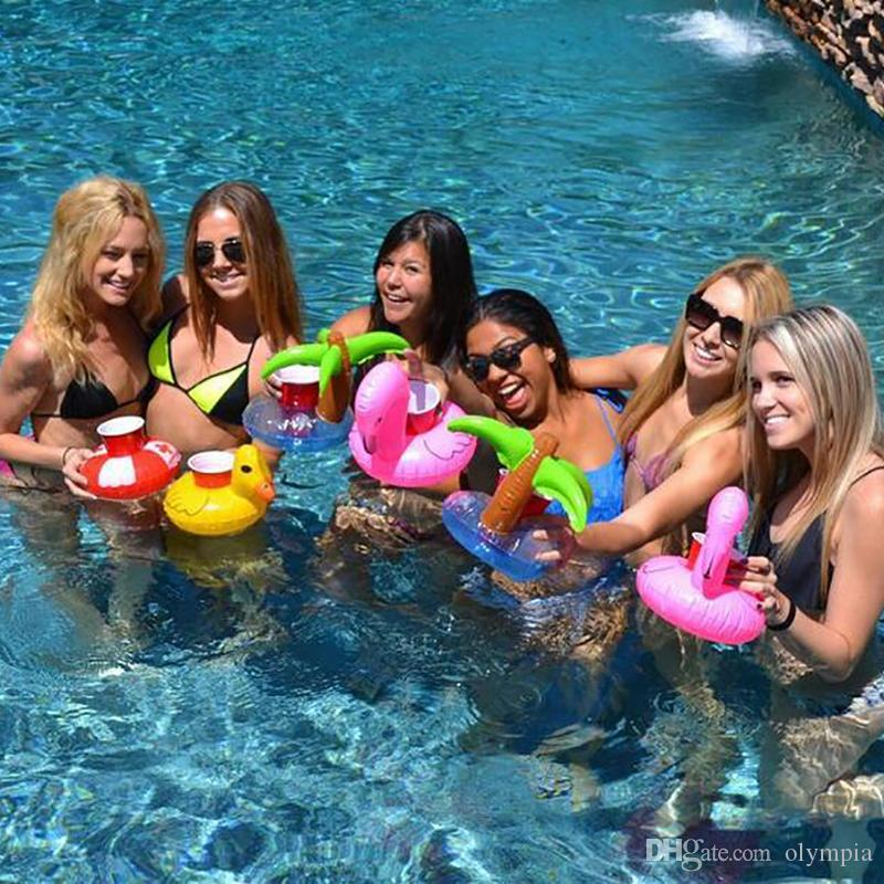 2018 Hot Inflatable Flamingo Drinks Cup Holder Pool Floats Bar Coasters Floatation Devices Children Bath Toy small size