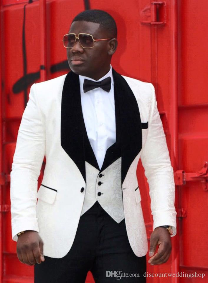 Smoking dello sposo di alta qualità One Button Avorio Paisley Scial risvolto Groomsmen Best Man Suit Wedding Mens Suit (Giacca + Pantaloni + Vest + Tie) J288