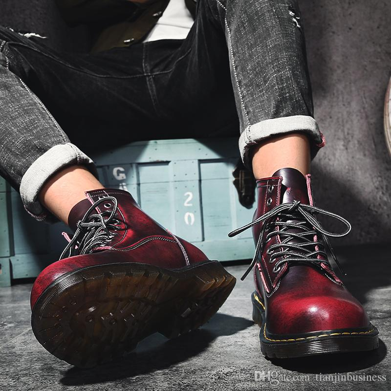 Großhandel Qualität Leder Martin Stiefel Herren Winter Mode Hoch Oben Cargo Schuhe Warm Vintage Stilvolle Turnschuhe Plus Größen 47 Von