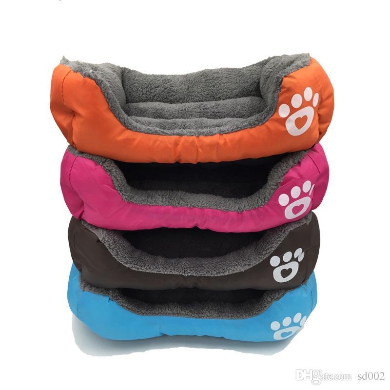 캔디 컬러 발자국 애완 동물 용품 사각형 모양의 강아지 패드 귀여운 따뜻한 플러시 크리 에이 티브 편리한 금형 증거 침대 39cn jj
