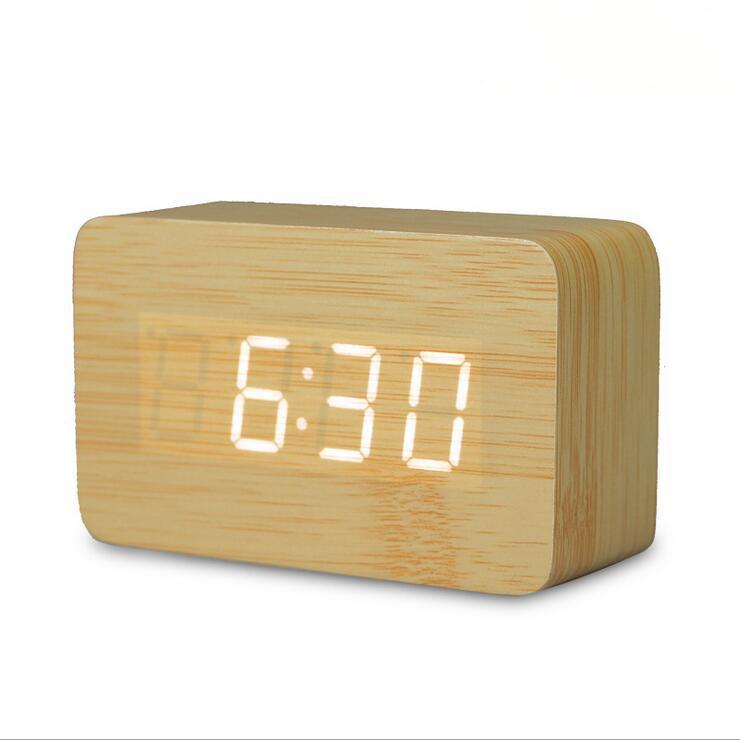 Acquista 2018 Piccolo Orologio Digitale In Legno A Led Carino Despertador Sound Control Usb Display Digitale Da Tavolo Orologio Da Tavolo Elettronico A 21 88 Dal Rudelf It Dhgate Com