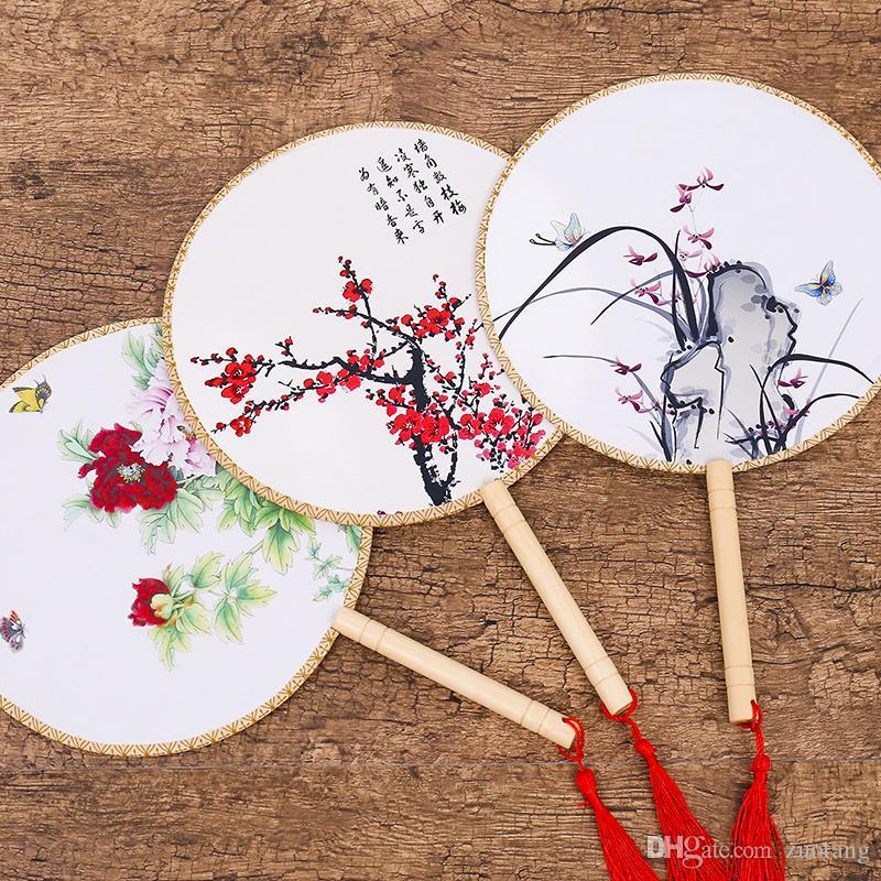 Pequeño mango redondo de seda del ventilador del ventilador del traje de chino Ventiladores de la mano de flores Tela ventilador de la boda del arte tradicional de las mujeres regalo del ventilador