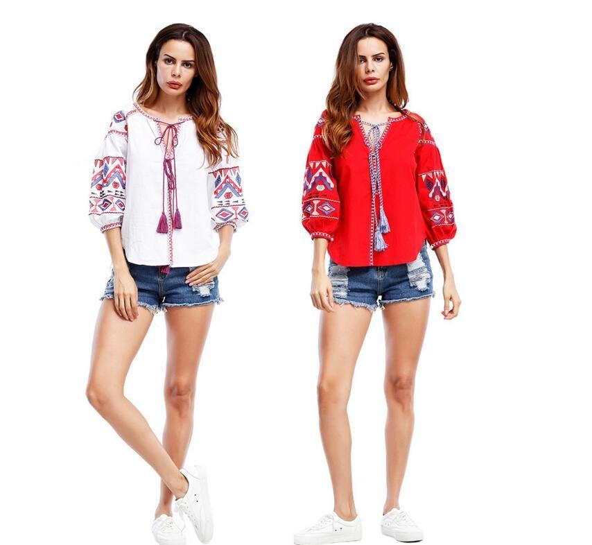 Amazon 2018 New Summer Camiseta de mujer Bohemian Short Print V Collar Bandage Puff Sleeve T-shirt Blanco / Rojo