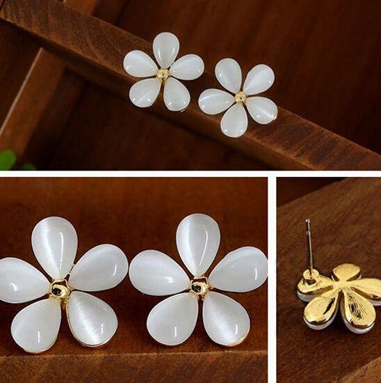 سحر الأزياء الكورية المجوهرات لطيف زهرة الكرز زهرة أقراط (بيج) 4ED32