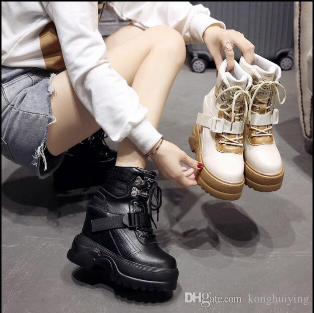 With suede boots fall and winter 2018 new net red boots thin a hundred shoes Martin boots women inside the tube raised high heels tide