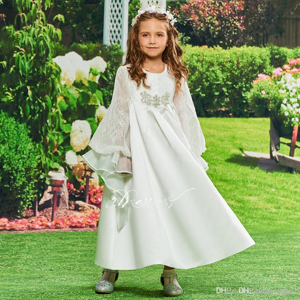 Vestido de niña de las flores hippie medieval con mangas acampanadas