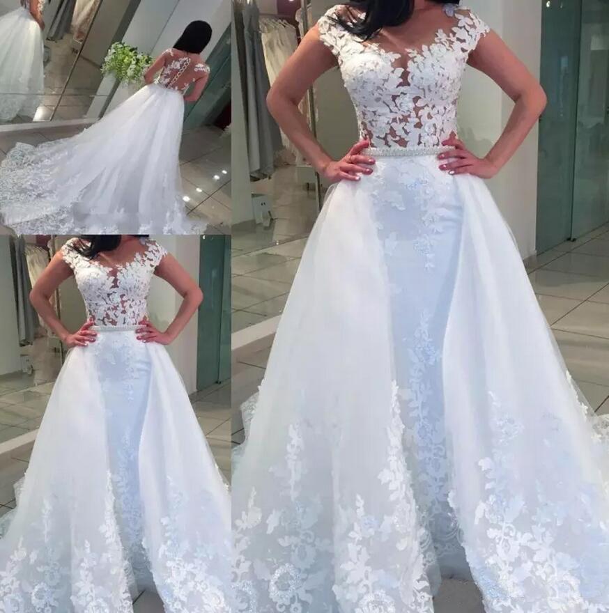 Sheer Collo Appliqued sirena del merletto Abiti da sposa con perle Sash Elegante Button overskirts Wedding Gowns posteriore vuota Guaina Abiti da sposa