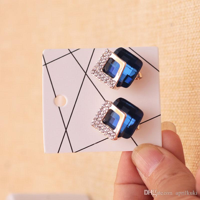 4 مقاس 7 * 10CM 6 * 6cm و4.5 * 5CM 4.5 * 4.5CM عرض مجوهرات أقراط الأذن بطاقة الأزرار قلادة التعبئة علامة تعليق