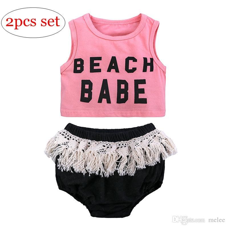 """INS Yaz """"Plaj Babe"""" Mektup Baskılı kız Yelek Kolsuz T-shirt Katı Renk Püskül Şort Üçgen PP Pantolon 2 ADET Çocuk Giyim Seti"""