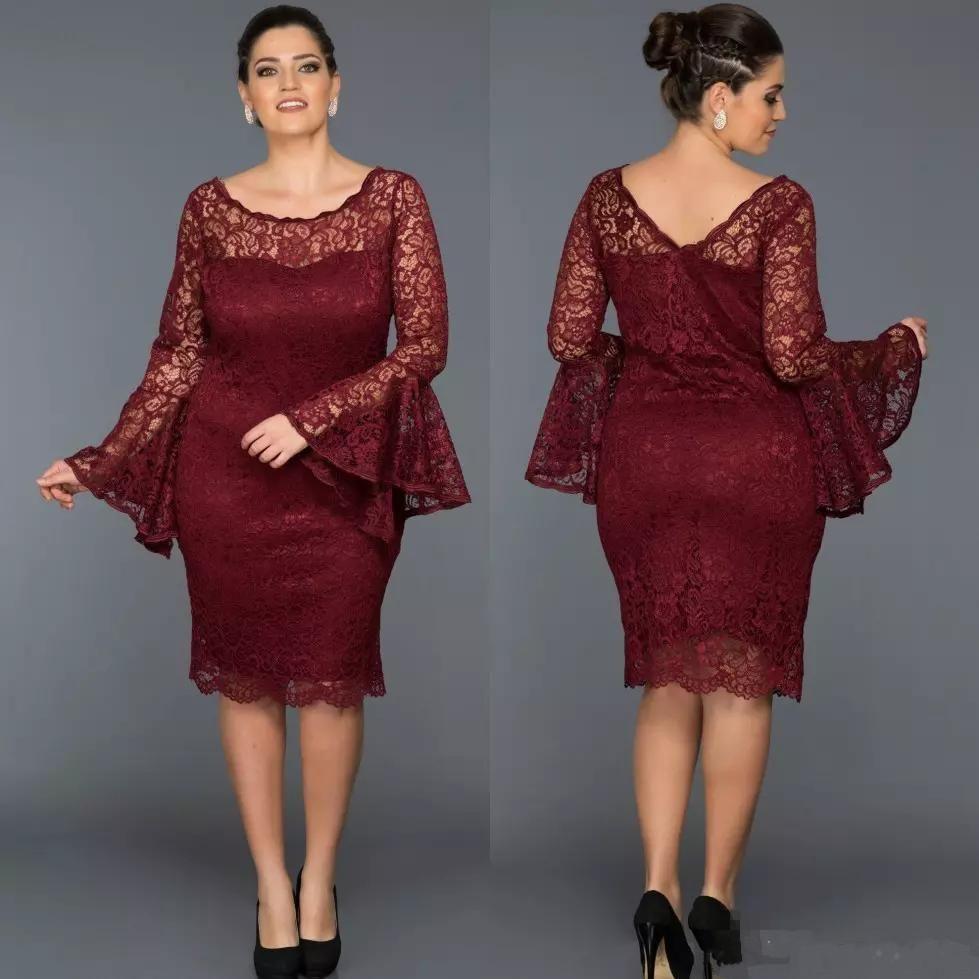 Plus Size Burgundy Sheath Lace Mother Of The Groom Dresses Knee Length Scoop Neck Long Sleeve Prom Gown Short Column Vestido De Fiesta