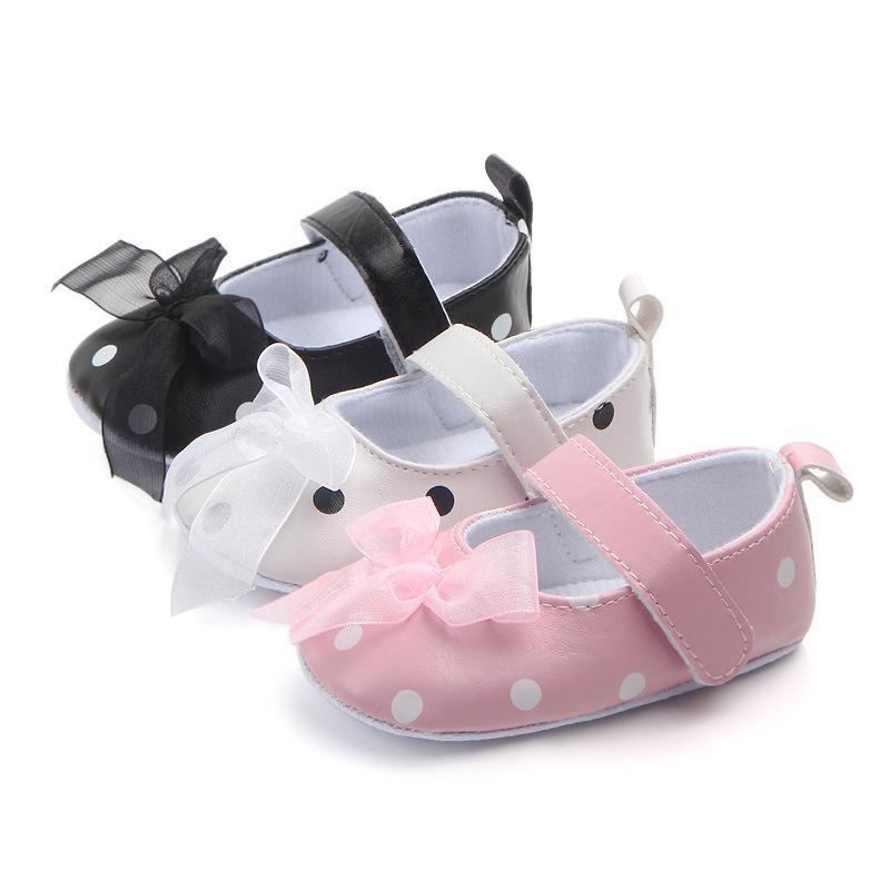 طفل رضيع أحذية الأطفال الوليدات جلدية أحذية جلدية 2018 جديد الفتيات البولكا نقطة الرضع الأحذية الناعمة الأولى مشوا 0-18 متر