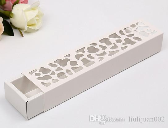 Factory outlets can be printed logo Rectangular Fenestration gift box Hollow flowers gift Box free shipping