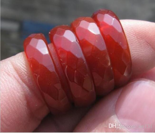 Großhandel 4 Stück chinesische natürliche rote Jade Bearbeitung geschnitzten Ring size7-8-9