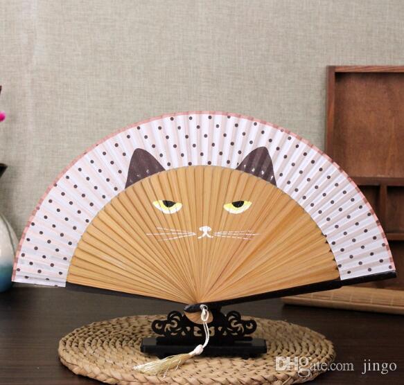 Bambou Pliant Soie Fan De Dessin Animé Chat Artisanat Peint Vintage Japonais De La Main De Ventilateur Cadeau D'été pour hommes femmes NN