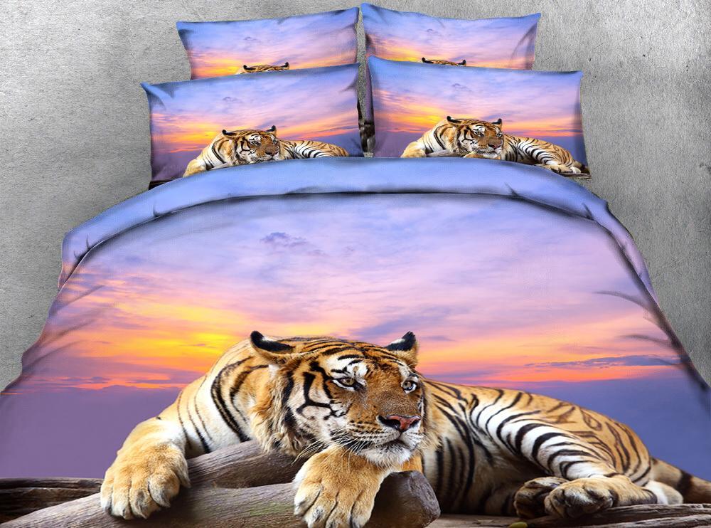 황혼 3D 효과 사진 침대 시트에 웅크 리고 타이거 사진 패턴을 사용자 정의 할 수 있습니다