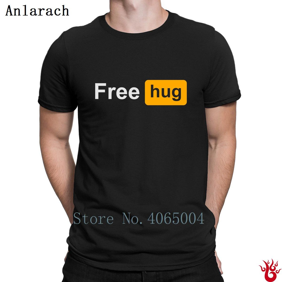 Mens Funny T-Shirt Free Hugs Regular Fit 100/% Cotton Tee