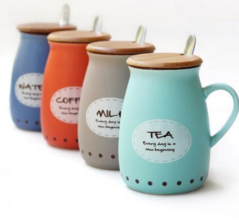 Le lettere creative Ceramic Cup panzone Coppa corpo tazza di latte tazza di caffè del Ministero della porcellana della tazza di tè del fumetto con il coperchio Cucchiaio Gifts