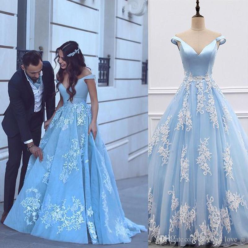 2019 Gorgeous Light Sky Blue Prom Dresses A Line Deep V Neck Off the Shoulder Ivory Lace Appliques Tulle Evening Gowns Formal Party