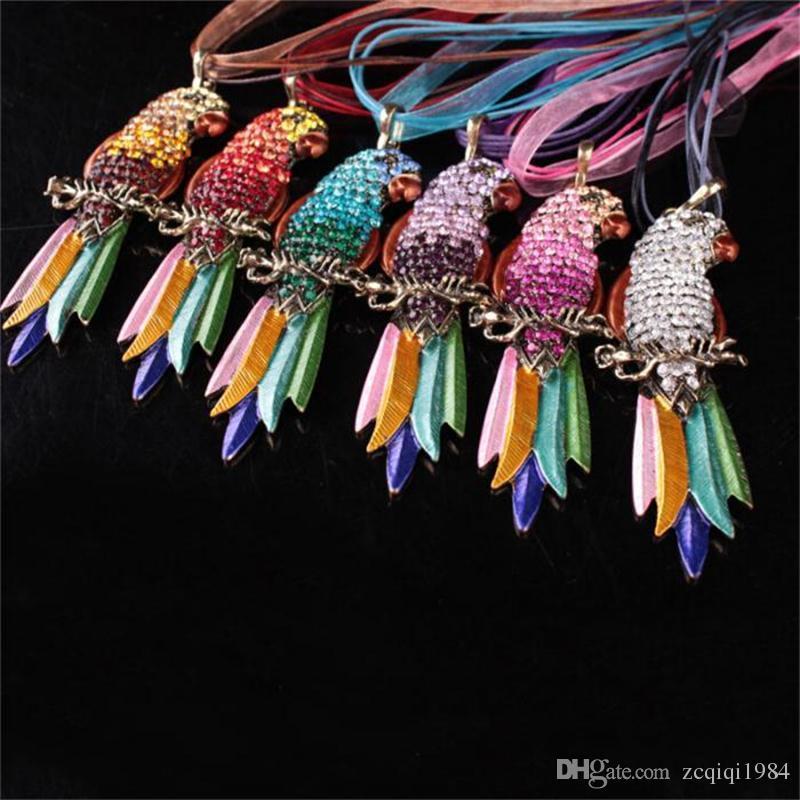 ملون كريستال الببغاء قلادة الدانتيل سلسلة أفضل أصدقاء الحيوانات الأليفة الطيور المعلقات القلائد للنساء الأزياء والمجوهرات هدية
