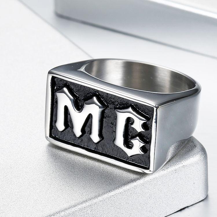 Envío de la gota de los hombres punk acero negro color del aceite MC anillo del motorista estilo de película de acero inoxidable joyas de acero titanio anillo único