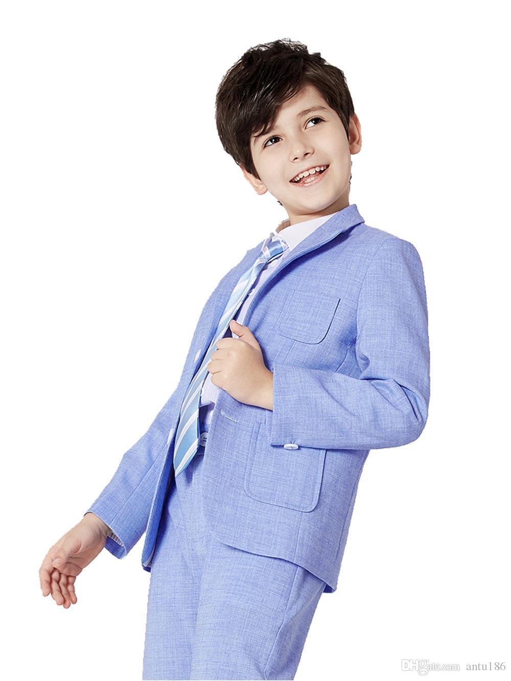 Çocuklar için iki parçalı takım resmi, klasik, düğün, vb. Gibi resmi durumlar için uygundur. Çeşitli renkler seçilebilir.