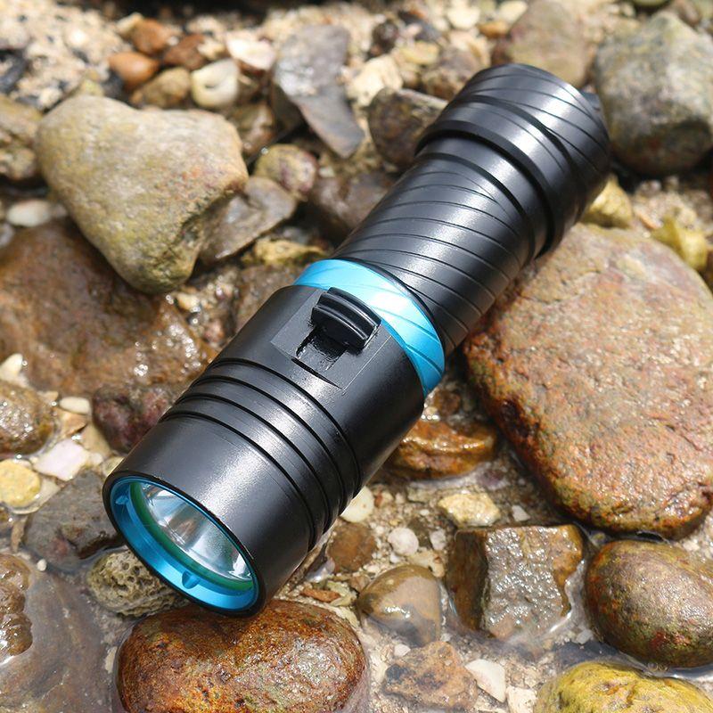 100m Underwater Diving Flashlight High bright 2000LM CREE XM-L2 LED Waterproof Torch Flashlights Light Scuba Flashlight + Battery + Charger
