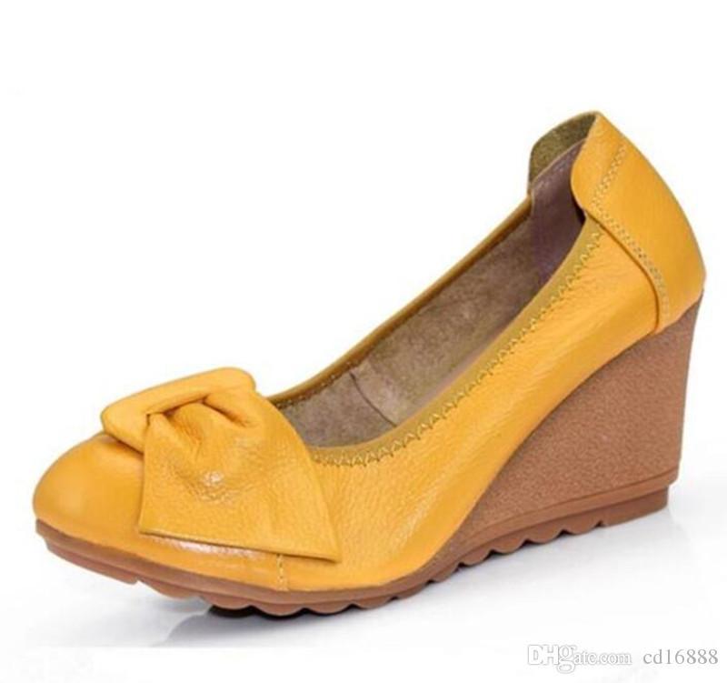 Venta al por mayor y al por menor elegantes comodidades cuñas de las mujeres zapatos de tacón alto nuevo 2021 primavera arco suave suave verdadero de cuero genuino zapatos de moda zapatos de moda