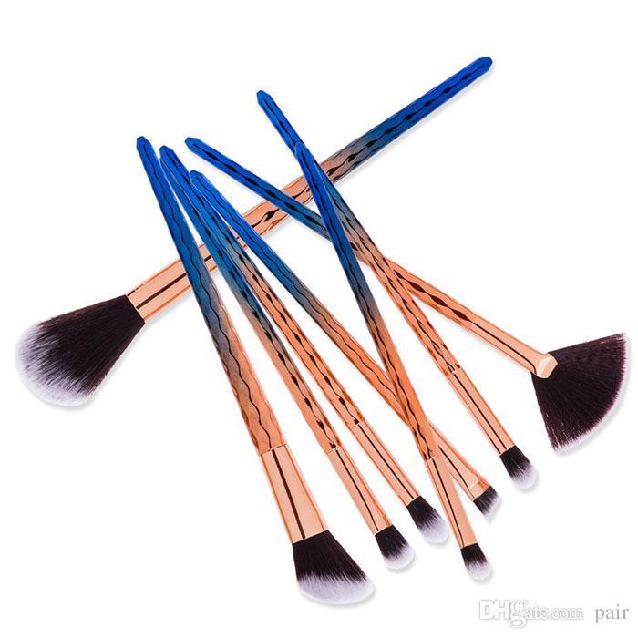 Hohe qualität 7 STÜCKE Jakobsmuschel pinsel Bilden Augenbraue Eyeliner Blush Blending Contour Foundation Kosmetik Make-Up Pinsel