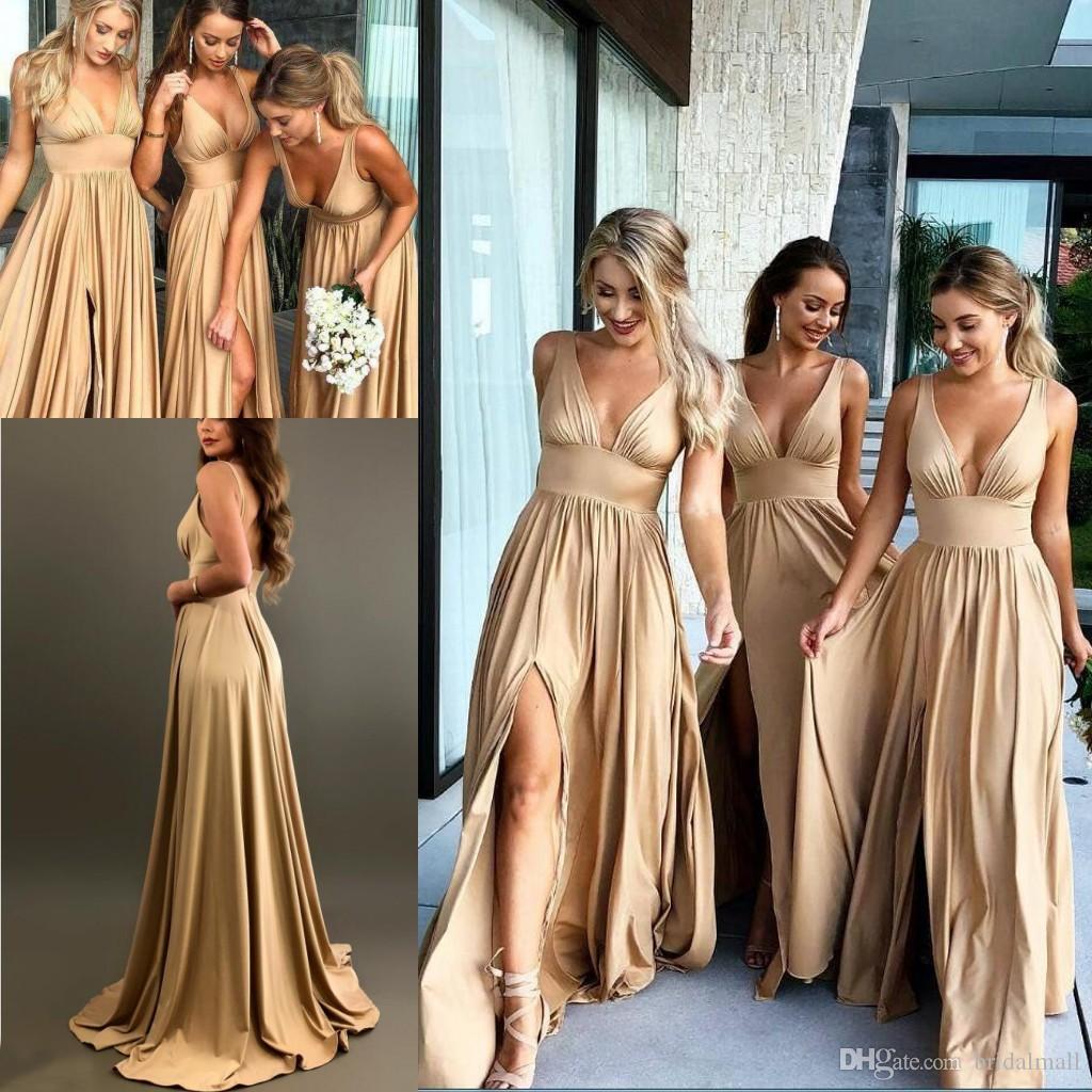 Zomer 2019 Champagne Bruidsmeisjes Jurken Lange Sexy V-hals Maid of Honour-jurken met High Split A Line Formele Bruiloft Gastenjurken Custom Made