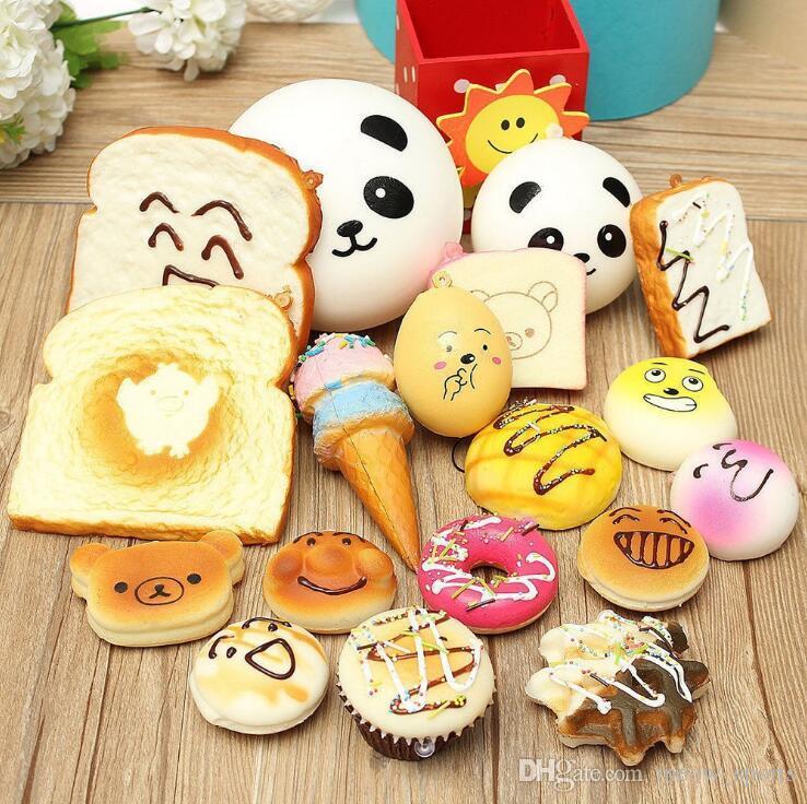 30pcs Cinghie del telefono Ciondolo lento rimbalzo Cute Mini Kawaii Decompressione Jumbo Panda Bun carino morbido pane torta gelato regalo