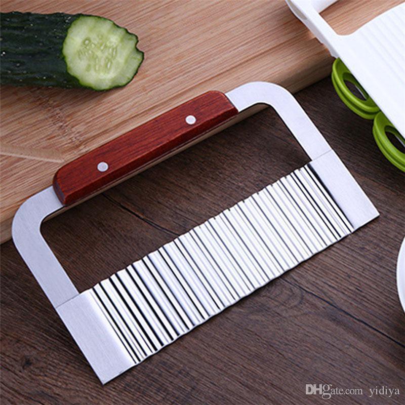 Nuovo manico in legno in acciaio inossidabile ondulato patatine fritte coltello a mano dispositivo di taglio sapone fatto a mano taglierina della torta strumento di cucina accessori per la cucina